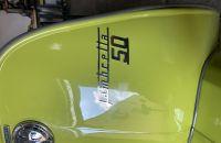 Foto prodotto Colore Lechler:  Verde Mela 8039 1LT + Induritore 110 0,5 LT. + Diluente 742 1 LT